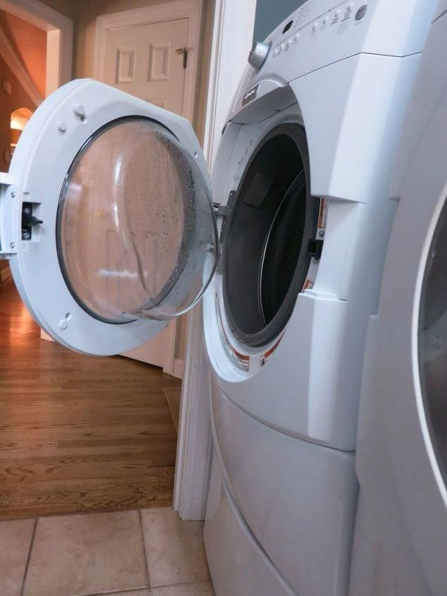 s 11 no scrub ways to clean your washer and dryer, appliances, cleaning tips, Leave your machine door open after a wash