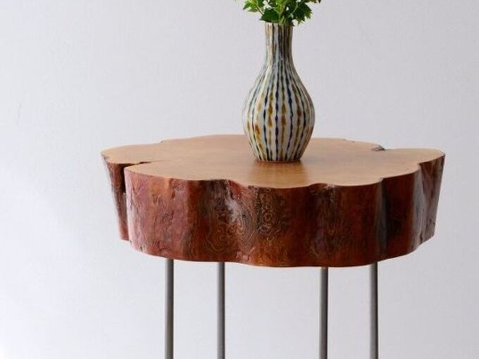 tutorial tree slice side table with diy legs made of lamp pipe, rustic furniture, woodworking projects