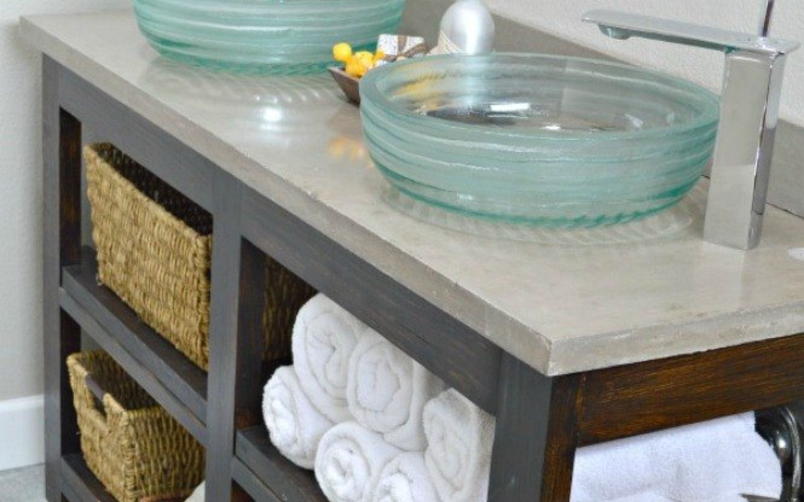 11 ways to transform your bathroom vanity without replacing it