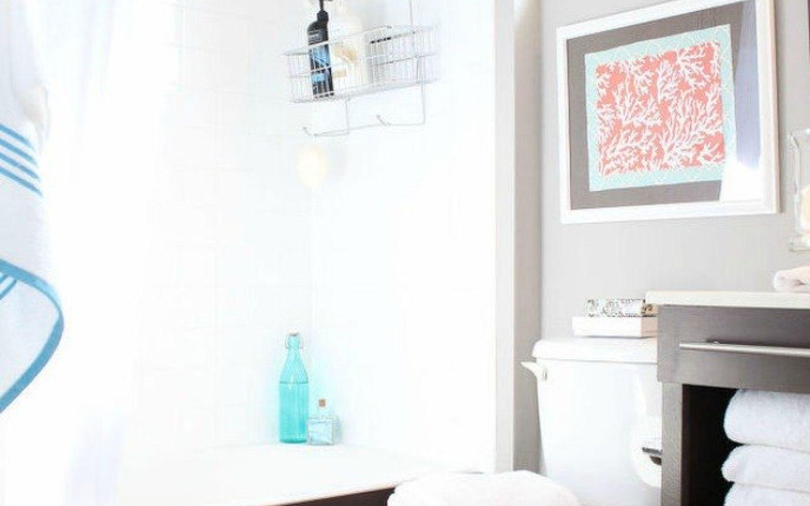 s 11 easy ways to refresh your old bathtub, bathroom ideas, Cover your bathtub side for a glam look