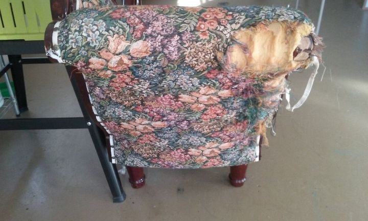 a couch to swoon for , how to, painted furniture, reupholster