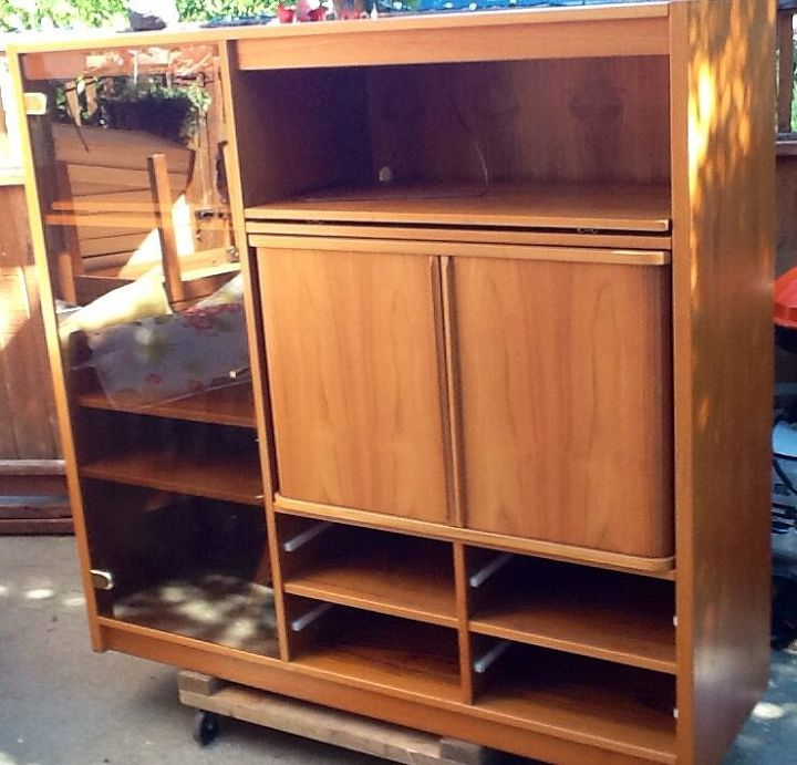 Unit with drawers removed