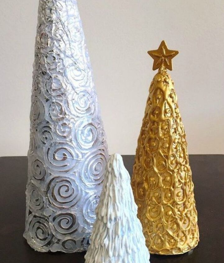 s here s why you should be buying extra rolls of tin foil, cleaning tips, They make cute foil tree decorations