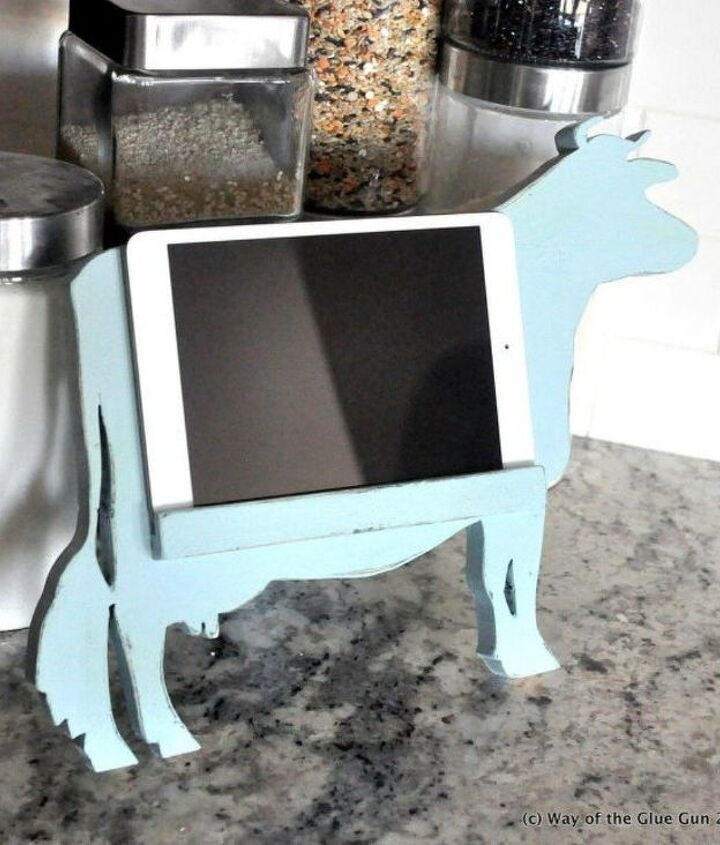 s want a farmhouse kitchen these easy ideas are brilliant , kitchen design, Build your own cow tablet stand