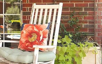 Budget-Friendly Patio Makeover With a New/Vintage Mix