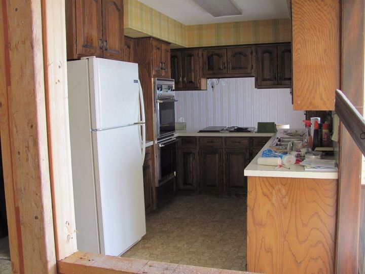 1970\'s Kitchen Gets a Modern Farmhouse Makeover! | Hometalk