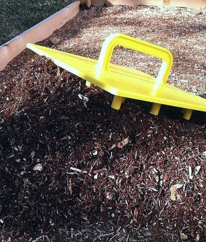 Use the Stamp as a trowel to spread the soil evenly.