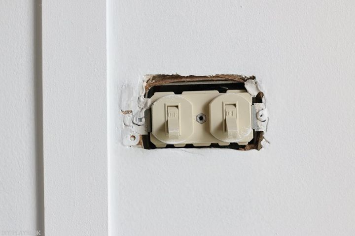 6 rookie tips for changing an electrical outlet, appliances, home maintenance repairs, how to, minor home repair