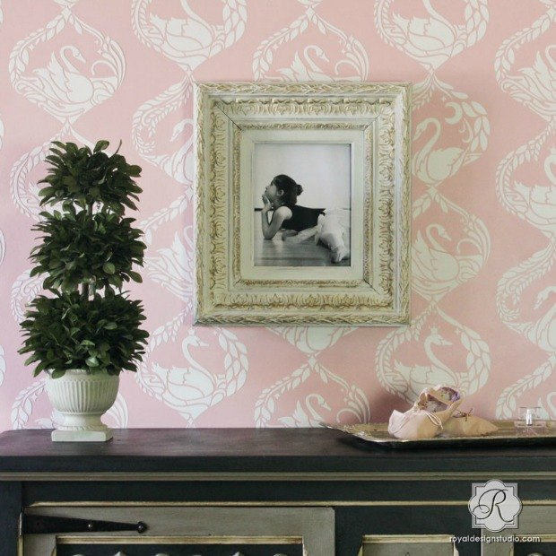 the sweetest stencil embossing with joint compound in 9 easy steps, bedroom ideas, how to, painting, wall decor