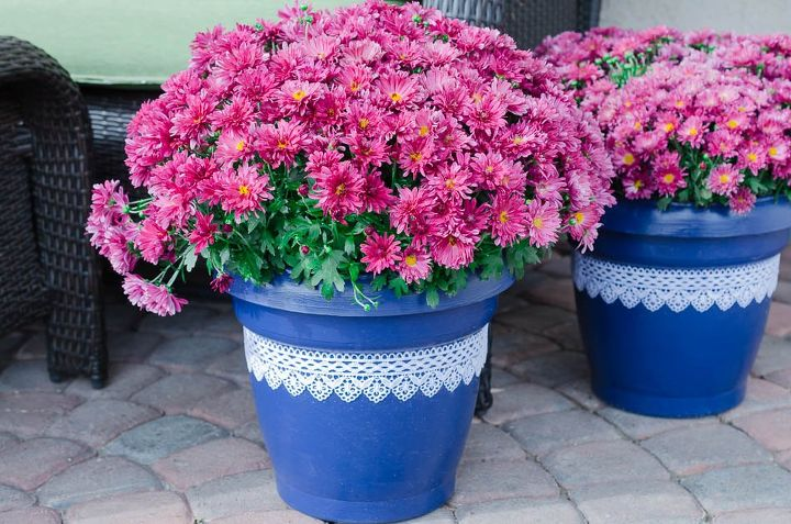Turn plastic plant pots into beautiful painted lace decoupage dcor turn plastic plant pots into beautiful painted lace decoupage d cor container gardening crafts workwithnaturefo
