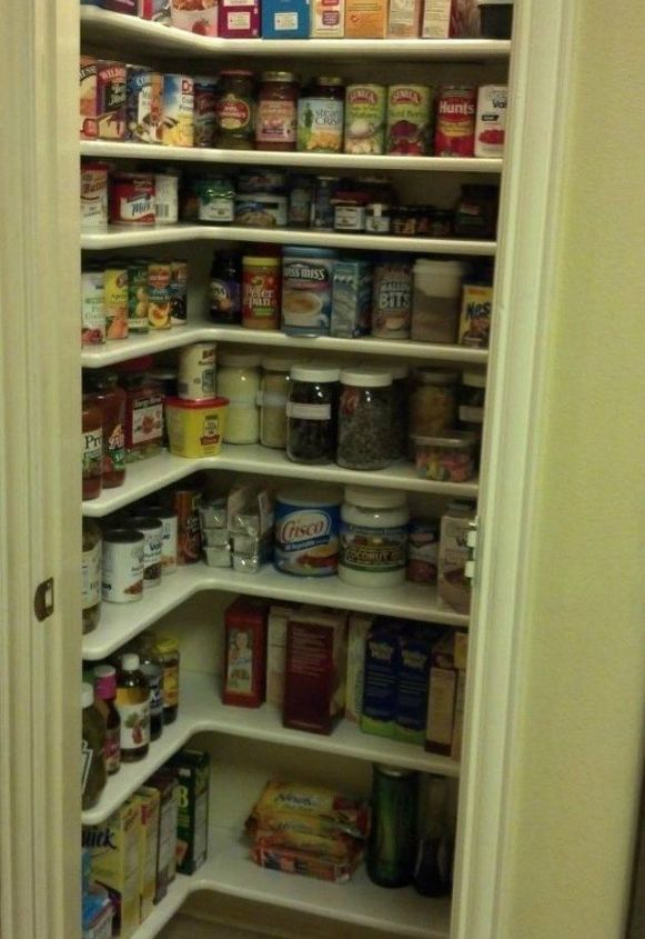 s these are the pantry organizing hacks that you ve been waiting for, closet, organizing, Use L shaped shelves for easy access