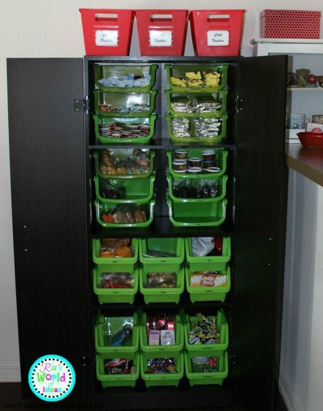 s these are the pantry organizing hacks that you ve been waiting for, closet, organizing, Store snacks in bins to keep foods separated