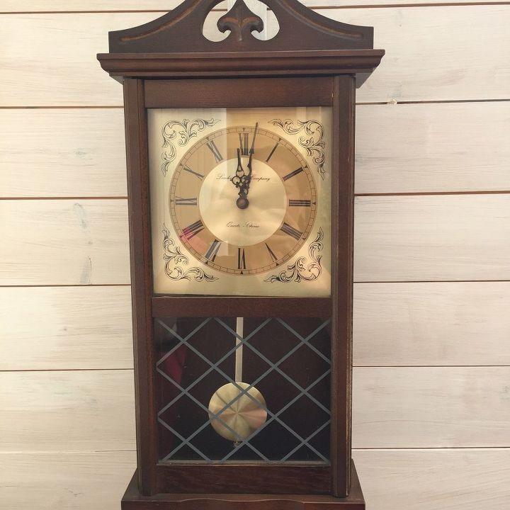 pendulum wall clock, painted furniture