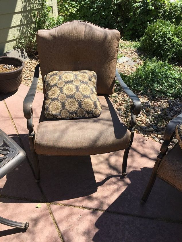 Replacing Patio Furniture Cushions