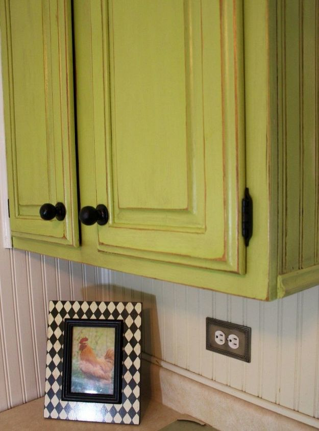 Step By Step Painting of Kitchen Cabinets With Dixie Belle Paint ...
