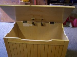 q any ideas for this toy box i m stumped , repurpose household items, repurposing upcycling