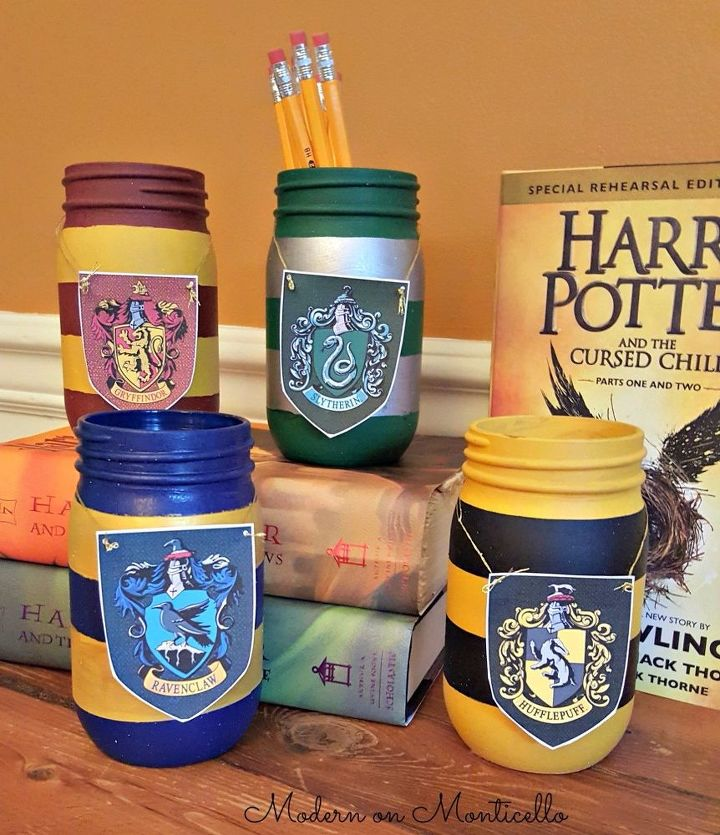 harry potter painted mason jar pencil holders, crafts, mason jars