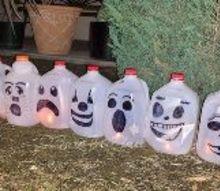 milk jugs pumpkins, crafts, halloween decorations, repurpose household items, repurposing upcycling, seasonal holiday decor