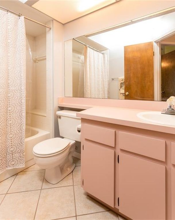 Q Help With 80 S Bathroom In New Home Ideas Decor