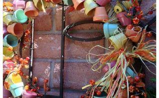 miniature terra cotta flower pot wreath, crafts, gardening, repurposing upcycling, wreaths