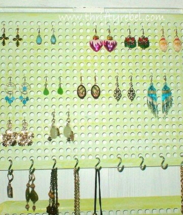 s 10 genius organizing hacks using cooling racks, organizing, Hang your earrings and other jewelry from it