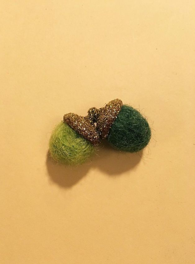 fall felted acorns, crafts, painting, seasonal holiday decor