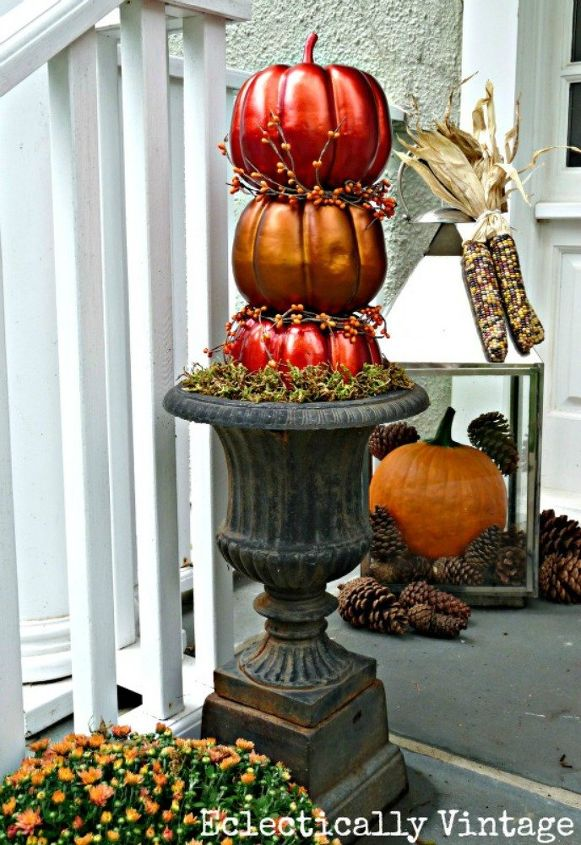 s 14 topiary techniques that are insanely popular this fall, gardening, Painting metal with red and orange