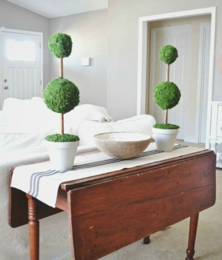 s 14 topiary techniques that are insanely popular this fall, gardening, Or stacking balls topped with moss
