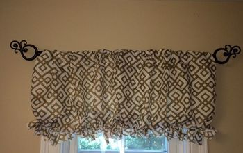 $2.00 Dollar Store No Sew Pillow Case Valence.