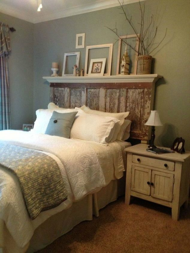 s if the space above your headboard is blank here s what you re missing, A way to bring out your headboard