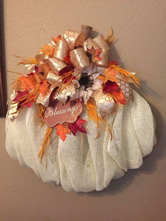 pumpkin wreath, crafts, seasonal holiday decor, wreaths