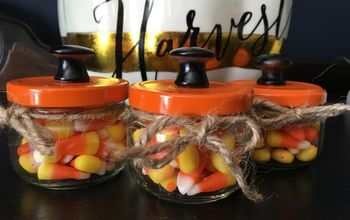 halloween candy jar a quick easy craft , crafts, halloween decorations, seasonal holiday decor