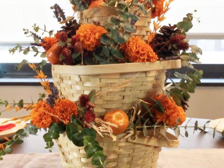 Stunning Fall Centerpiece for Under $10