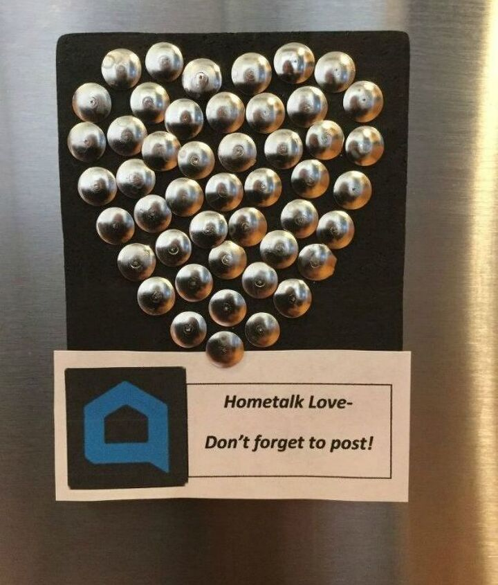 s why everyone is using hometalk blue in their home, home decor, It hangs nicely on mini corkboard magnets