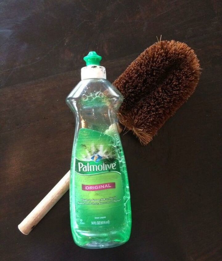 s the ultimate list of brilliant stain removal tricks, The solution Palmolive and a scrub brush