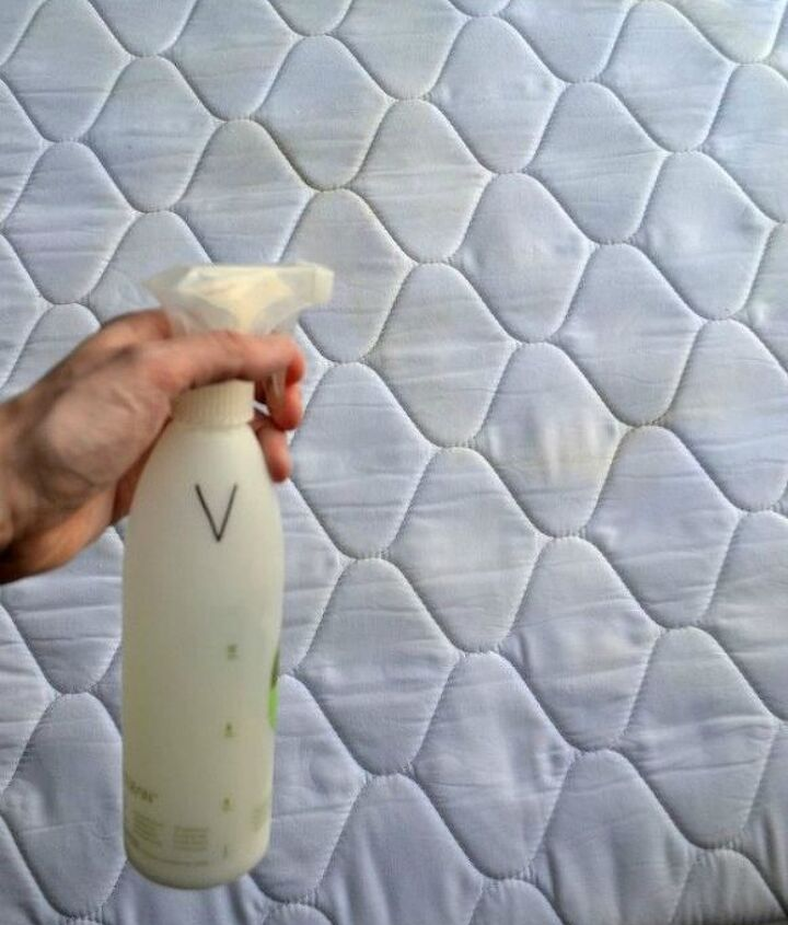 s the ultimate list of brilliant stain removal tricks, The solution Baking soda dish soap and HP