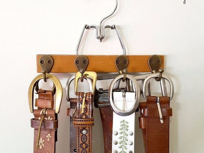 super simple belt organizer and diy gift for him , organizing