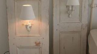 Magnificent I Have Electric Wall Sconces But No Where To Wire Them In Hometalk Wiring 101 Ferenstreekradiomeanderfmnl