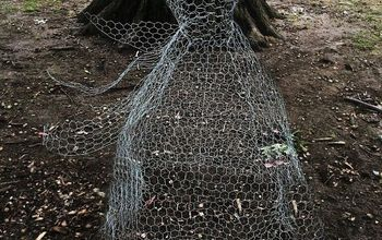 chicken wire halloween ghosts, crafts, halloween decorations, home decor, repurposing upcycling, seasonal holiday decor