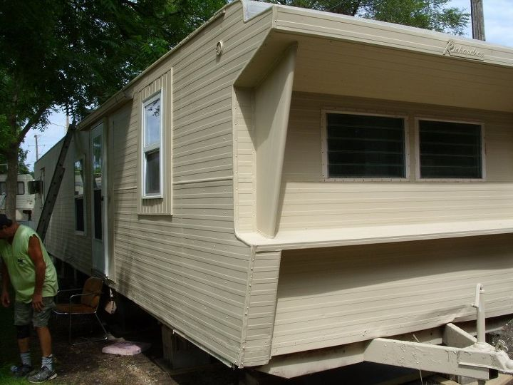 Before and After on Repainting Older Mobile Homes | Hometalk on