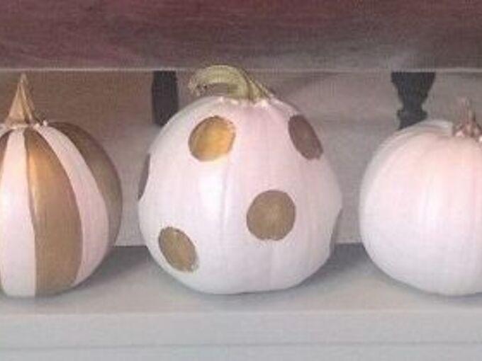 painted gold white pumpkins, crafts, seasonal holiday decor