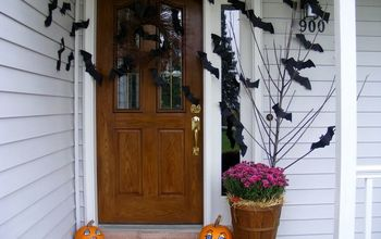 going batty over halloween , craft rooms, crafts, halloween decorations, seasonal holiday decor