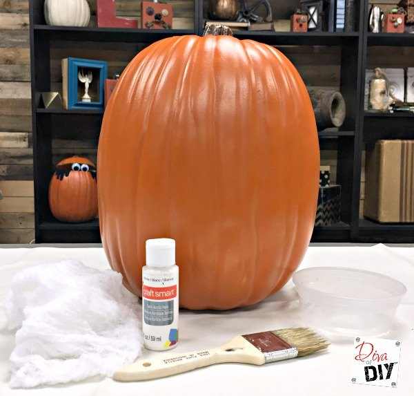how to white wash a faux pumpkin, how to, seasonal holiday decor