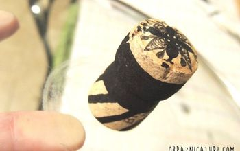 How a Wine Cork and a Glass Pan Lid Make a Good Pair