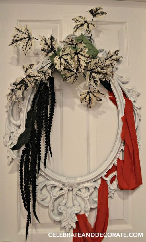 Use A Picture Frame To Create This Elegant Halloween Wreath Hometalk