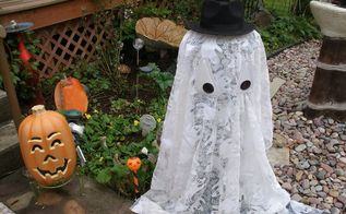 easy outdoor light up halloween ghost , crafts, halloween decorations, repurposing upcycling, seasonal holiday decor