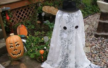 Easy Outdoor Light up Halloween Ghost.