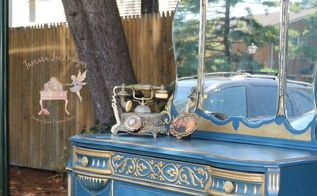 bold with gold dresser makeover, painted furniture