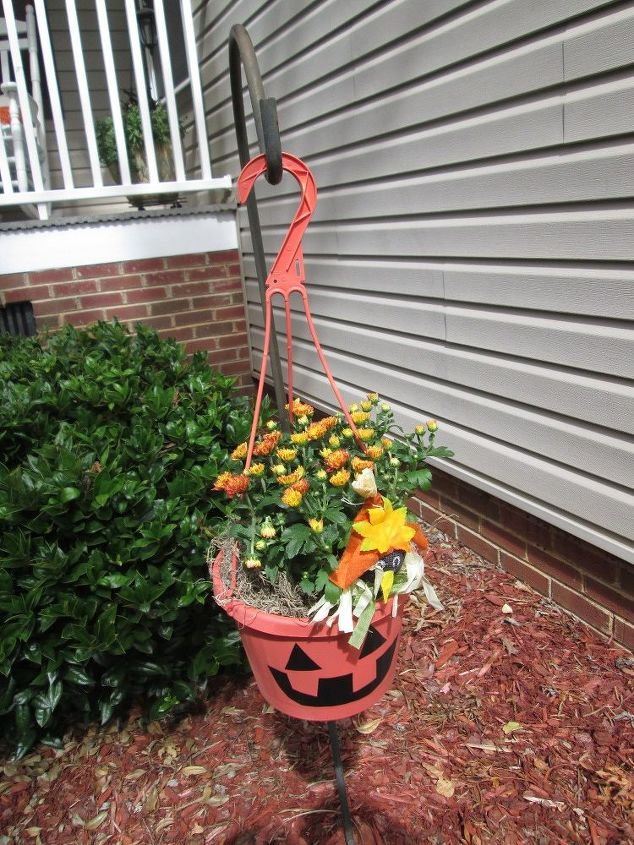 Turn Your Old Planters Into Fabulous Fall Decor Hometalk