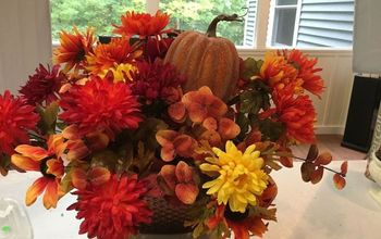 How to Make a  Beautiful Table Floral Arrangement